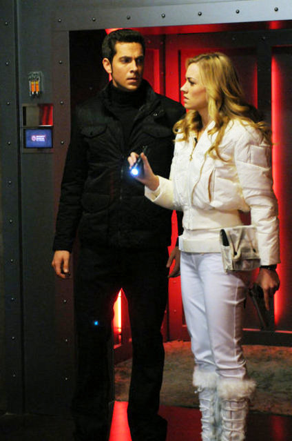 'Chuck' 4.21 Preview: Chuck and Sarah Get Conned