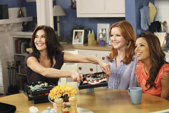 'Desperate Housewives' Season Finale Preview: Murder, Stalker and Gay
