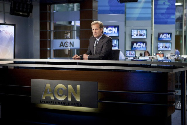 Aaron Sorkin Replaces Most of 'The Newsroom' Writing Staffs