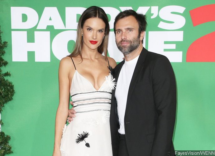 Alessandra Ambrosio Splits From Fiance of 10 Years, Jamie Mazur
