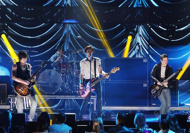 Exclusive Clip: All-American Rejects Salute Taylor Swift at CMT Artist of the Year