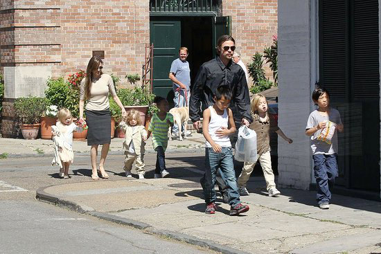 Angelina Jolie and Brad Pitt's Kids to Study at London Primary School