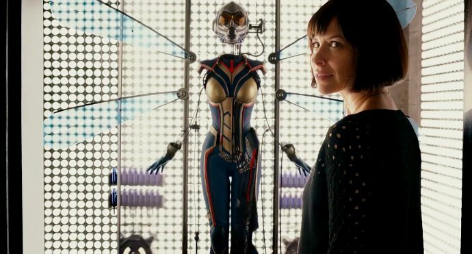 Ant-Man and the Wasp Team Up in New Photo of 'Ant-Man' Sequel