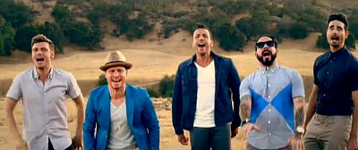 Backstreet Boys Premieres 'In a World Like This' Music Video