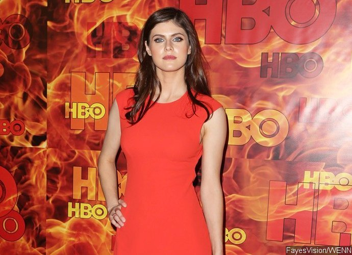 Official! 'Baywatch' Finds New Nicole Eggert in Alexandra Daddario