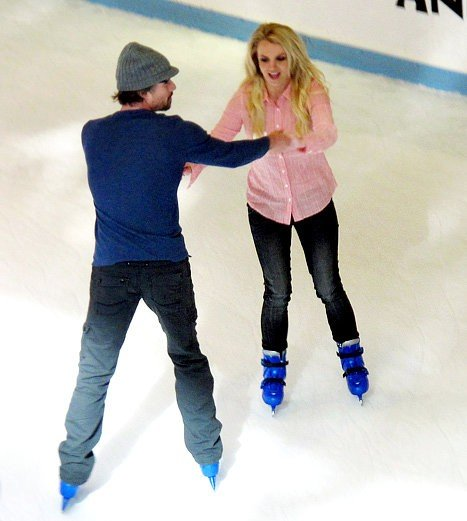 Britney Spears Has Ice Skating Date on 30th Birthday, Fellow Stars Send Well Wishes