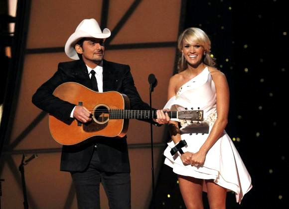 Carrie Underwood and Brad Paisley to Host CMA Awards for Fifth Year in a Row