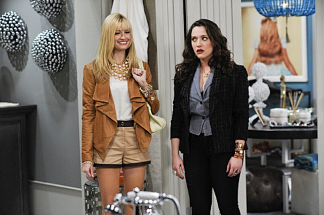 http://www.aceshowbiz.com/images/news/cbs-grants-2-broke-girls-a-full-season-order.jpg