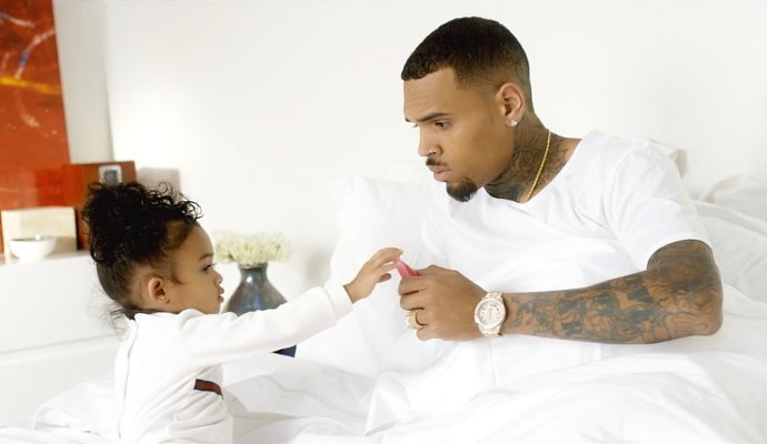 chris brown daughter - 988×565
