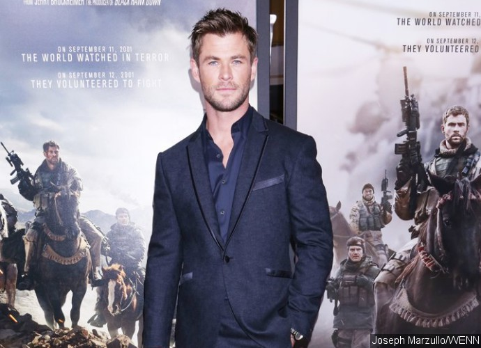 Chris Hemsworth Is Circling Sony's 'Men in Black' Spin-Off