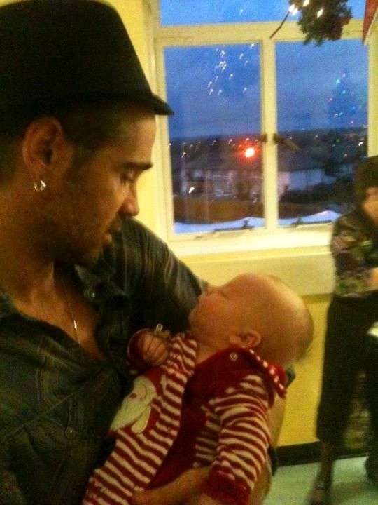 Colin Farrell Spread Christmas Cheer to Sick Children With Surprise Visit