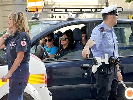 Crashing Into Police Car Escort, Snooki Sends Two Officers to Hospital