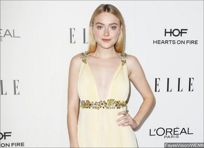 Dakota Fanning's Parents Are Divorcing After 27 Years of Marriage