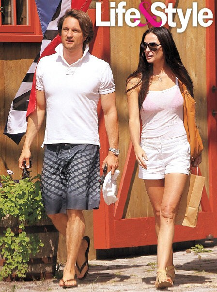 Demi Moore Shows Off Her New Man Martin Henderson