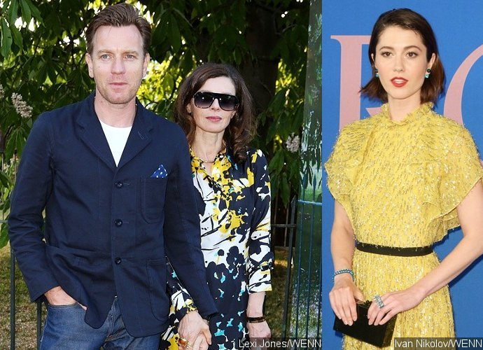 Report: Ewan McGregor Splits From Wife After Kissing Co-Star Mary Elizabeth Winstead