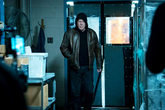First Look at Bruce Willis in 'Death Wish' Remake Unveiled