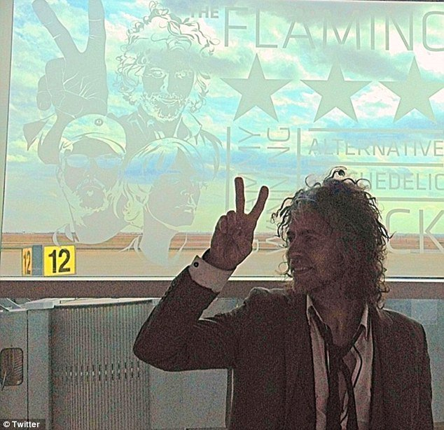 Flaming Lips' Wayne Coyne Apologizes Over Grenade Incident in Airport