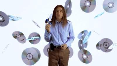 Video: Fred Armisen Promotes Queens of the Stone Age's '...Like Clockwork' Flash Drive