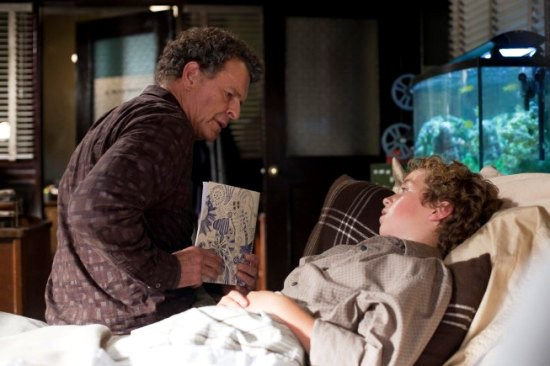 'Fringe' 4.03 Preview: Walter Distracted by Hallucinations