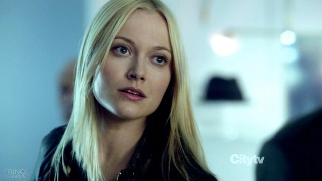 'Fringe' Star on the Shocking Death: It's Heroic and Peaceful