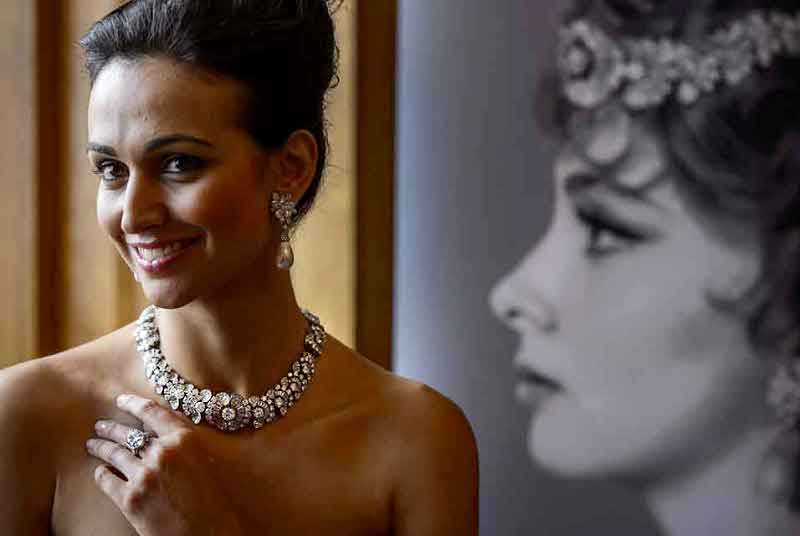 Gina Lollobrigida's Diamond Jewels Fetch More Than $4M at ...