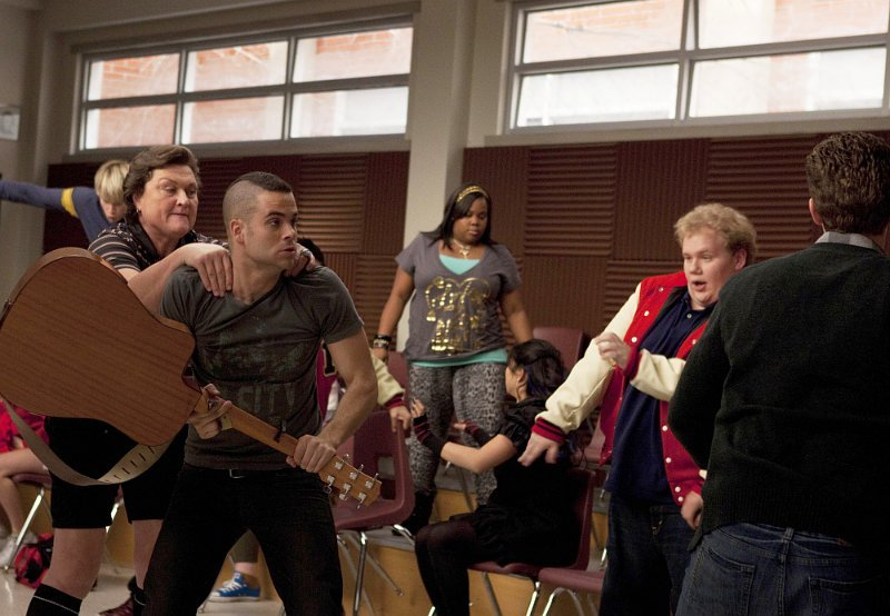 'Glee' Covers Taylor Swift's 'Mean' in Nationals Episode