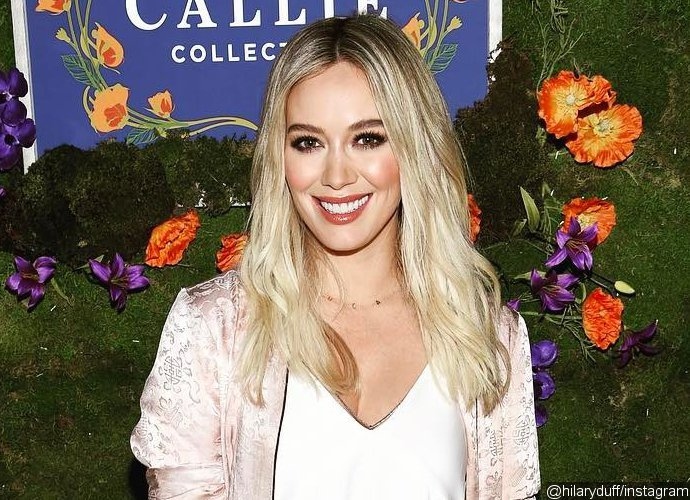 Hilary Duff Enjoys Cool Summer Breeze in Super Stylish Swimsuit in Hawaii