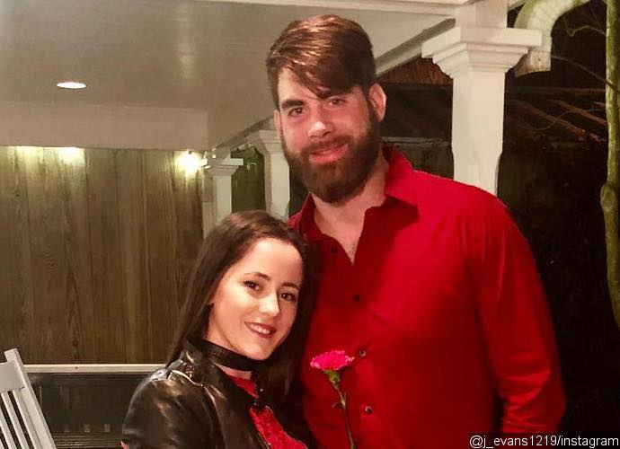 'Teen Mom 2' Fans Want Jenelle Evans and Husband Fired Following Homophobic Tweets