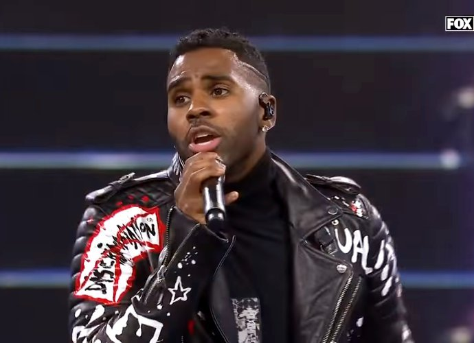 Jason Derulo Slammed for Terrible Halftime Performance at Vikings Vs. Lions Game