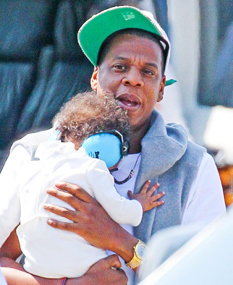 Jay-Z Takes Baby Girl Blue Ivy for Helicopter Ride in New York