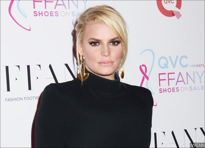 Jessica Simpson Addresses Pregnancy Speculations