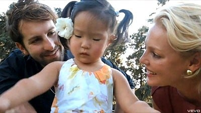 Josh Kelley's 'Naleigh Moon' Video Ft. Katherine Heigl and Their Daughter