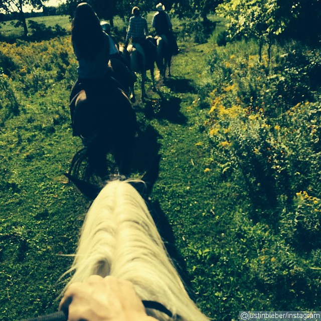 Justin Bieber and Selena Gomez Go Horseback Riding Together