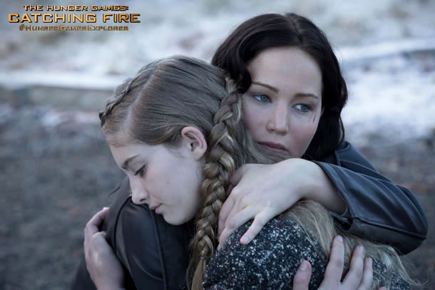 Katniss Hugs Prim in New 'Hunger Games: Catching Fire' Photo