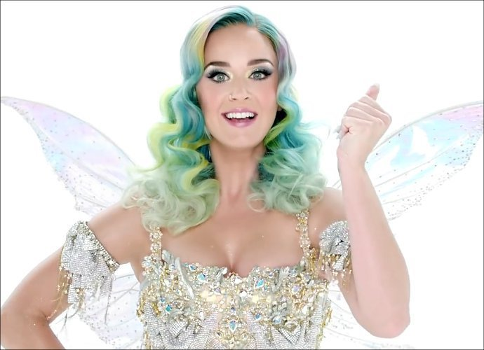 Listen to Katy Perry's... Katy Perry Christmas Song