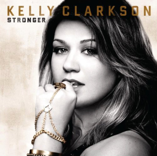 Kelly Clarkson Enjoys Huge Boost in Album Sales After Ron Paul Endorsement