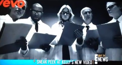Kelly Clarkson Previews 'People Like Us' Music Video