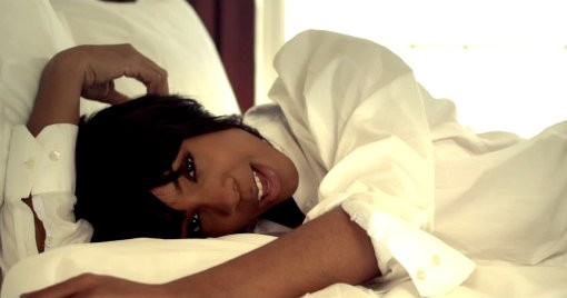 Kelly Rowland Debuts Romantic Video for 'Keep It Between Us'