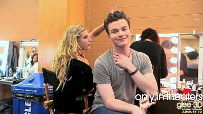 Kurt Dishes on Blaine in New 'Glee' 3D Movie Clip