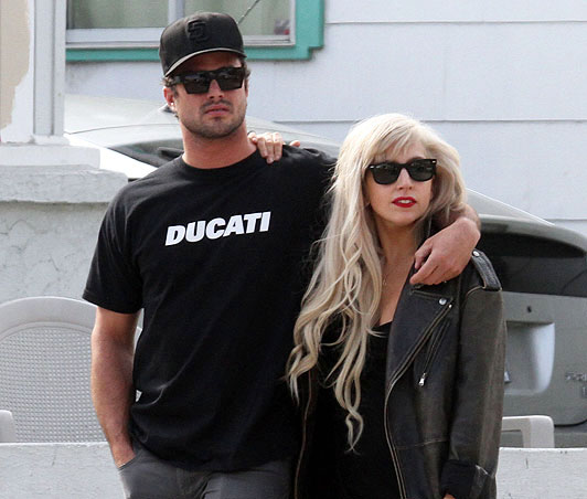 Report: Lady GaGa Splits From Taylor Kinney to Focus on Tour