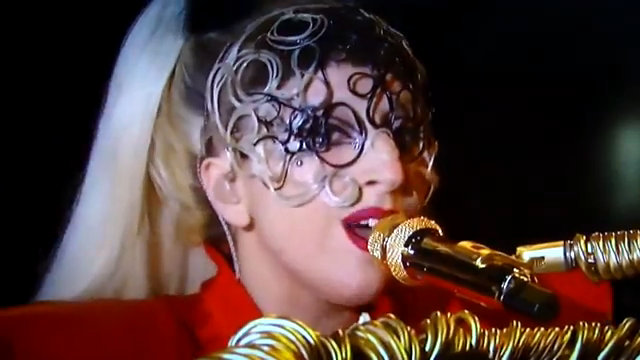 Lady GaGa Performing Atop Giant Stiletto Piano on 'Oprah Winfrey Show'