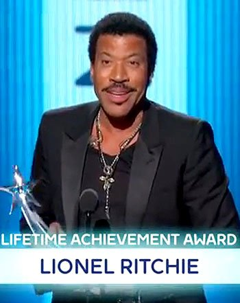 Lionel Richie's Name Misspelled On-Screen During BET's Lifetime Achievement Honor