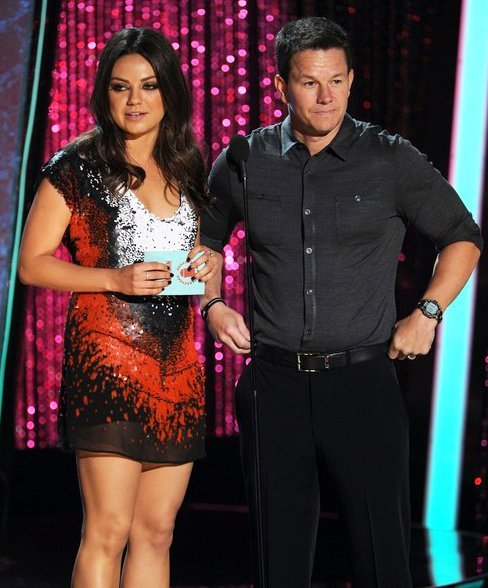 Mark Wahlberg Forgives Mila Kunis Heckler at 2012 MTV Movie Awards