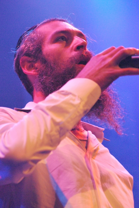 Matisyahu Blames His Kick to Photographer on the Use of Flash