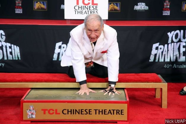 http://www.aceshowbiz.com/images/news/mel-brooks-sports-prosthetic-sixth-finger-at-his-hand-and-footprint-ceremony.jpg