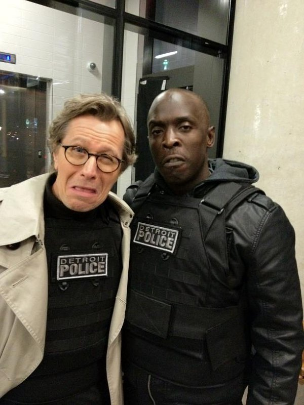 Michael K. Williams Tweets First Photo of Gary Oldman on 'RoboCop' Set