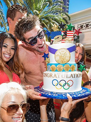 Michael Phelps Goes to Las Vegas to Celebrate Retirement