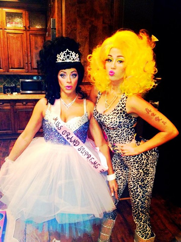Miley Cyrus Channels Nicki Minaj for Halloween