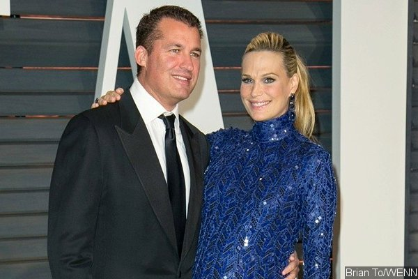 Molly Sims Welcomes Daughter With Scott Stuber, Shares First Pic