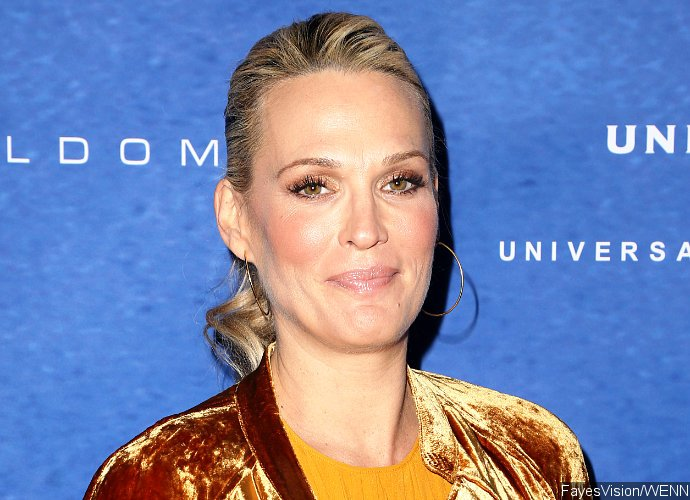 Molly Sims Welcomes Third Child. See Pic of Baby Grey!